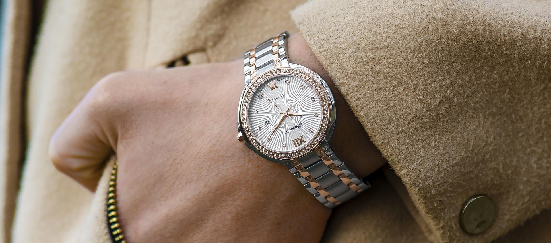Можно ли носить чужие часы по народным приметам